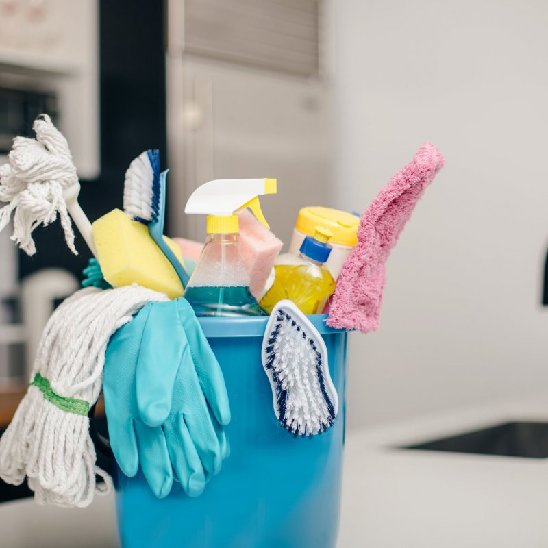 cleaning-supply-bucket-kitchen-counter